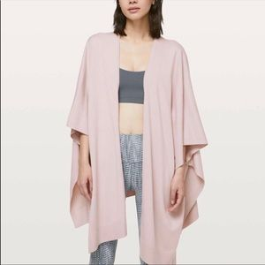 NWOT Lululemon Free to Coast Wrap in Pink Bliss